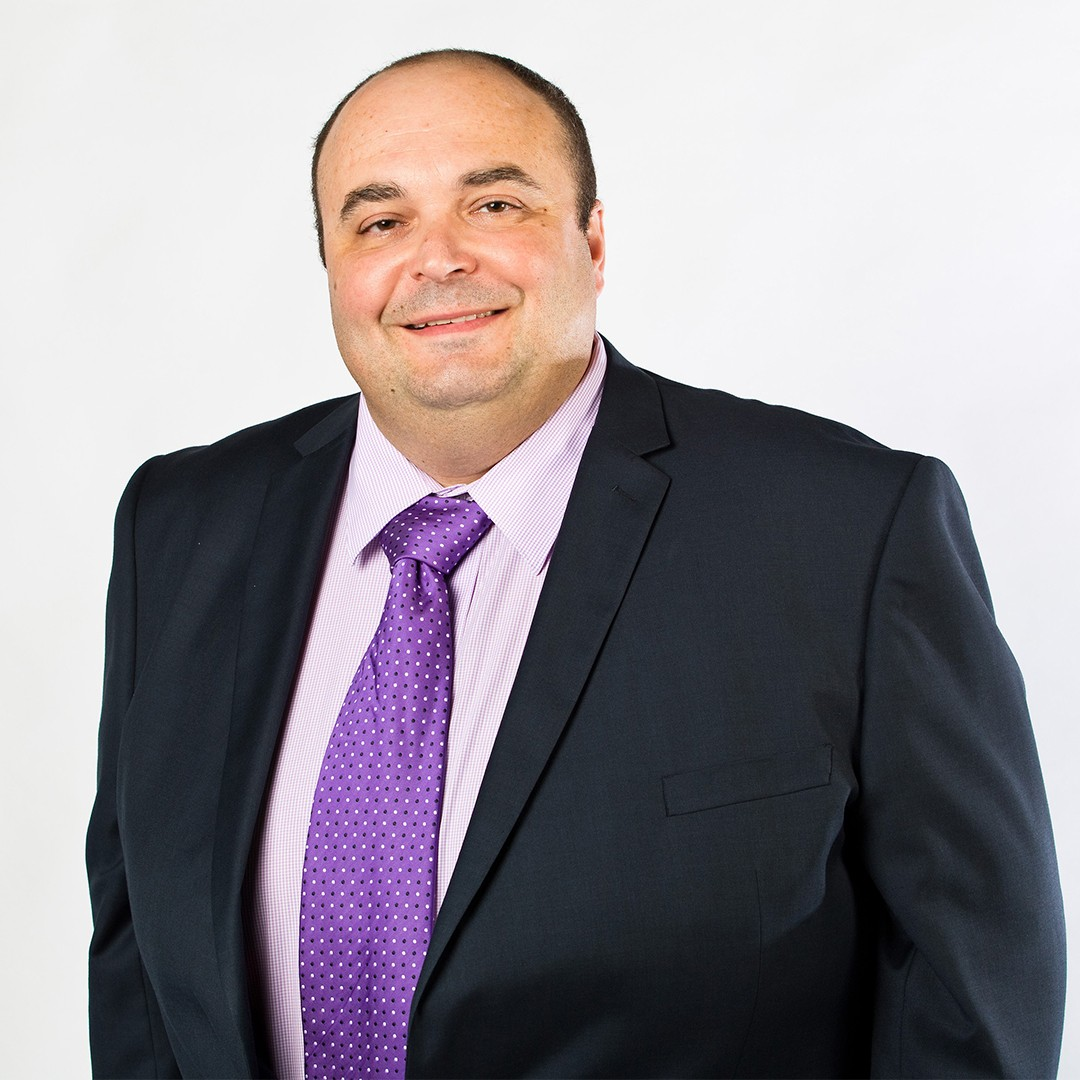 Harry Izmirlian, Finance Manager